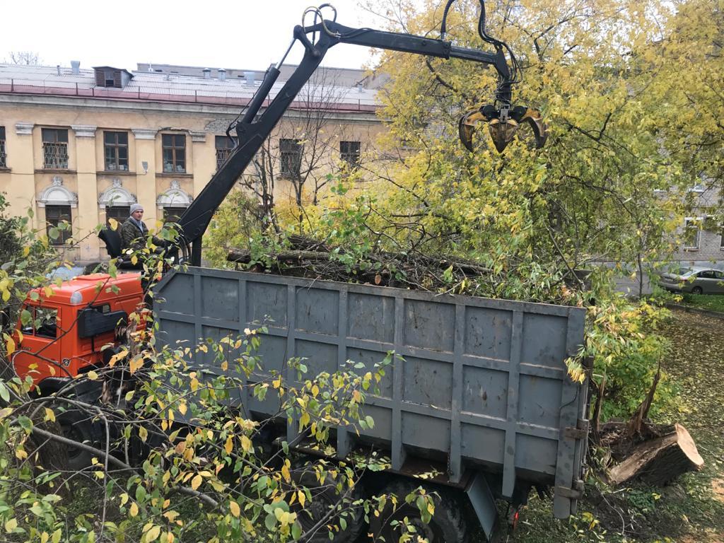 Вывоз деревьев, лома, строительного мусора в Череповце